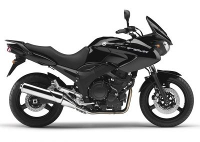 Motorsport-Pfiffner_2011-Yamaha-TDM900-EU-Midnight-Black-Studio-001 (3)