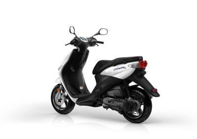 Motorsport-Pfiffner_2015-Yamaha-Neos-4-EU-Competition-White-Studio-005 (1)