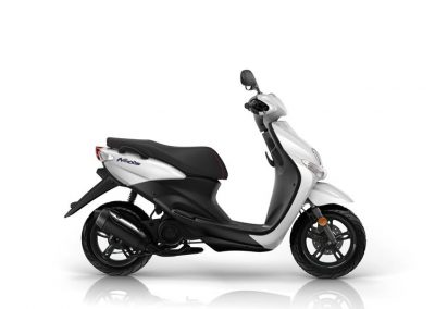 Motorsport-Pfiffner_2015-Yamaha-Neos-EU-Mocaccino-Brown-Static-001-1 (3)