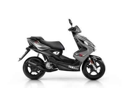 Motorsport-Pfiffner_2016-Yamaha-Aerox-R-EU-Matt-Grey-Studio-002 (1)