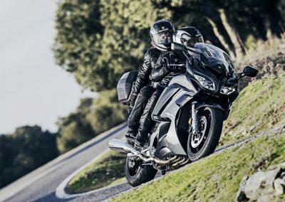 Motorsport-Pfiffner_2016-Yamaha-FJR1300A-EU-Matt-Silver-Studio-001 (5)