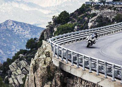 Motorsport-Pfiffner_2016-Yamaha-FJR1300AS-EU-Matt-Silver-Action-001 (3)