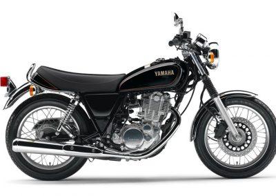 Motorsport-Pfiffner_2016-Yamaha-SR400-EU-Yamaha-Black-Studio-001 (3)