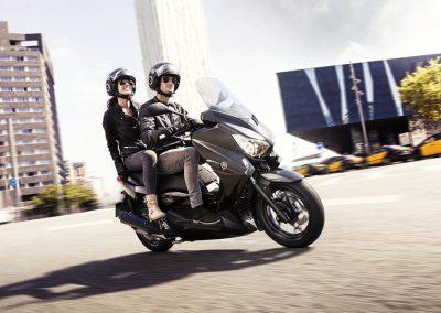 Motorsport-Pfiffner_2016-Yamaha-X-MAX-250-IRON-MAX-EU-Liquid-Darkness-Studio-005 (4)