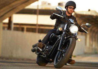 Motorsport-Pfiffner_2016-Yamaha-XVS1300-Custom-EU-Matt-Grey-Action-002 (7)
