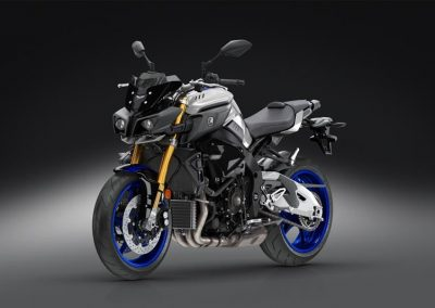 Motorsport-Pfiffner_2017-Yamaha-MT10DX-EU-Silver-Blu-Carbon-Action-001 (41)