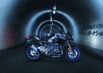 Motorsport-Pfiffner_2017-Yamaha-MT10DX-EU-Silver-Blu-Carbon-Action-001 (9)