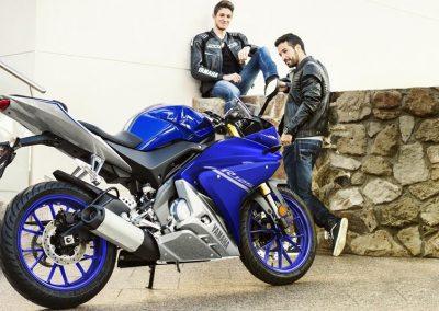 Motorsport-Pfiffner_2017-Yamaha-YZF-R125-EU-Race-Blu-Action-001 (8)