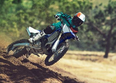 Motorsport_pfiffner_2017-Yamaha-YZ250-EU-Racing-Blue-Action-001 (4)