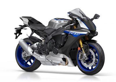 Motoshop-Pfiffner_2017-Yamaha-YZF-R1M-EU-Silver-Blu-Carbon-Action-001 (47)