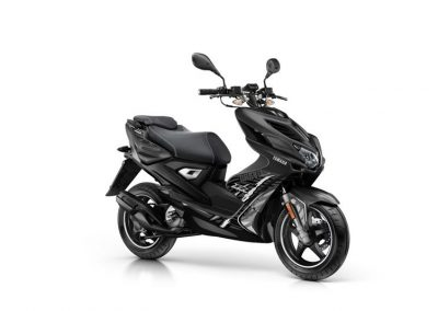 Motorsport-Pfiffner_2016-Yamaha-AER50N-EU-Power-Black-Action-004 (5)
