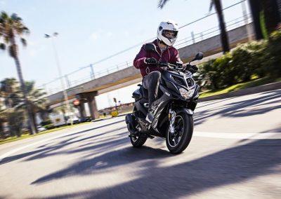 Motorsport-Pfiffner_2016-Yamaha-AER50N-EU-Power-Black-Action-004 (9)