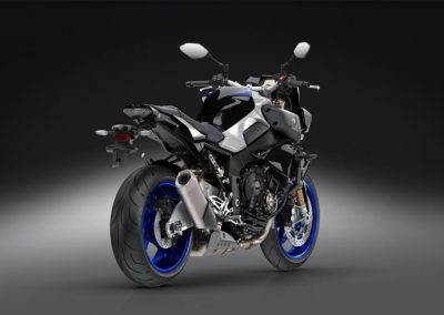 Motorsport-Pfiffner_2017-Yamaha-MT10DX-EU-Silver-Blu-Carbon-Action-001 (24)
