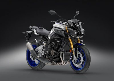 Motorsport-Pfiffner_2017-Yamaha-MT10DX-EU-Silver-Blu-Carbon-Action-001 (49)