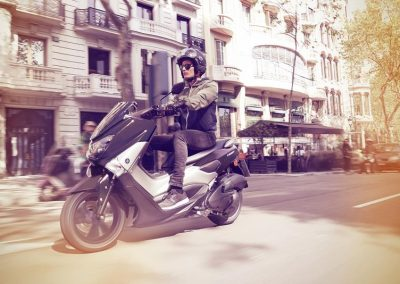Motorsport-Pfiffner_2017-Yamaha-NMAX-EU-Matt-Grey-Static-004 (5)