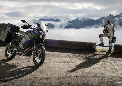 Motorsport-Pfiffner_2017-Yamaha-XT1200ZE-Super-Tenere-EU-Yamaha-Blue-Static-001 (2)