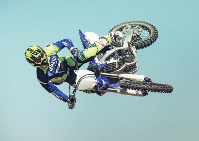 Motorsport-Pfiffner_2017-Yamaha-YZ250F-EU-Racing-Blue-Action-001 (3)