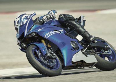Motorsport-Pfiffner_2017-Yamaha-YZF-R6-EU-Race-Blu-Action-001 (8)