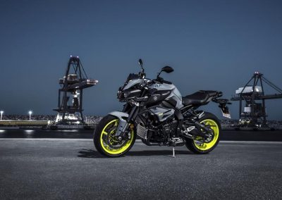 Motorsport-Piffner_2017-Yamaha-MT-10-EU-Night-Fluo-Action-001 (20)