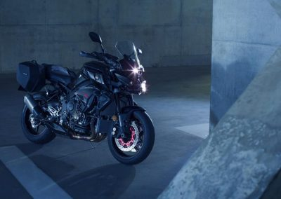 Motorsport-Piffner_2017-Yamaha-MT10-Tourer-Edition-EU-Night-Fluo-Studio-001 (15)