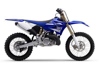 Motorsport_pfiffner_2017-Yamaha-YZ250-EU-Racing-Blue-Action-001 (8)