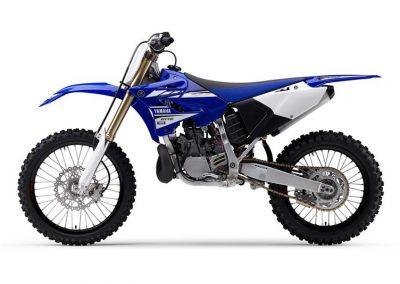 Motorsport_pfiffner_2017-Yamaha-YZ250-EU-Racing-Blue-Action-001 (9)