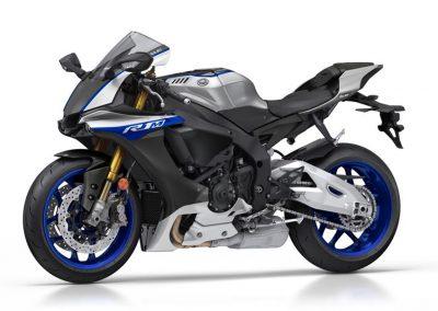 Motoshop-Pfiffner_2017-Yamaha-YZF-R1M-EU-Silver-Blu-Carbon-Action-001 (36)